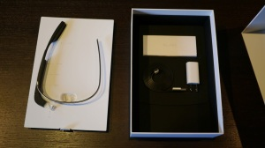 Google_Glass_Explorer_Edition_Unboxing_3