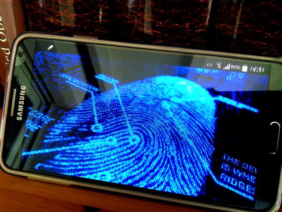 Samsung_Galaxy_S5_Fingerprint