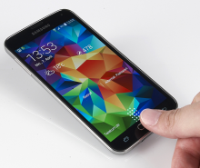Samsung_Galaxy_S5_Fingerprint_Scanner_Hack
