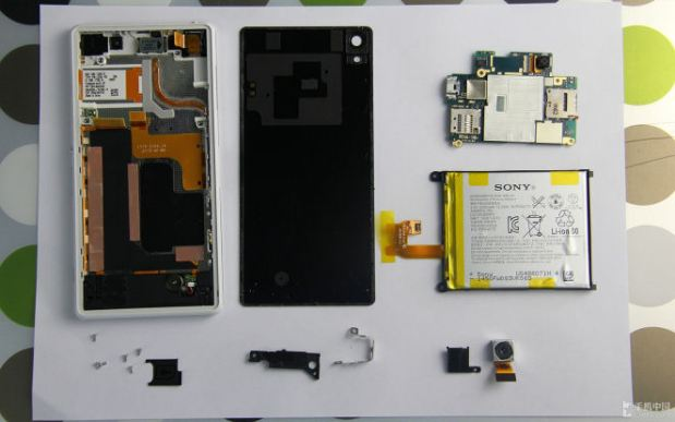 Sony_Xperia_Z2_Teardown