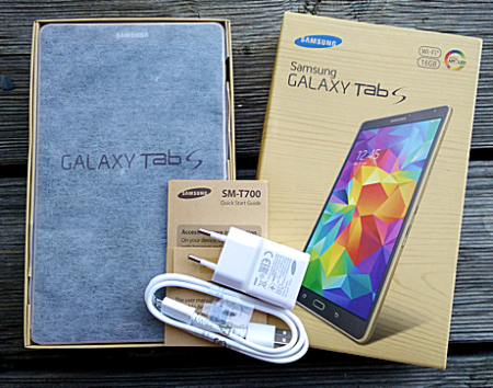 Samsung_Galaxy_Tab_S_Review_Unpack